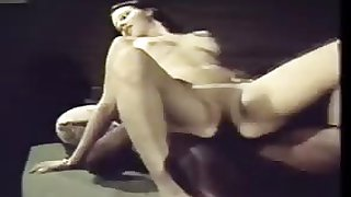 porno movies Vintage: 70s Interracial Brunette Takes Black Cock