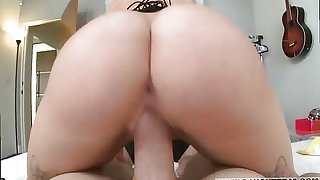 Vintage hairy anal sex Sneaking into Your chum's