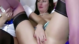 Blonde babe gets her pussy eaten out by hungry lesbian