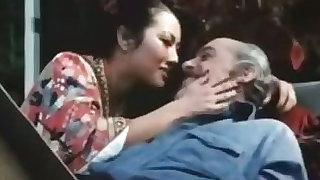 Old man fucks younng retro lady